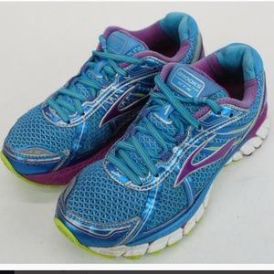 Women's BROOKS Running Shoes Multicolored Size 6.5